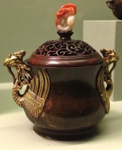 Brûle-parfum xianglu. Dyn. Ming. XVe siècle. MC 00127