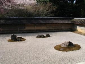 14.05.07-ryoanji-Dry_garden