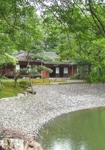 14.05.07-Sento Gocho-Seika-tei avec plage de galets