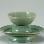 16.02.29.12th century celadon teacup with stand