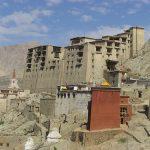 Histoires de lDe, de 'Bro et de sMer : politique et  religion dans le Ladakh ancien